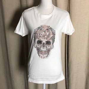 Alexander McQueen at the V&A exclusive tee